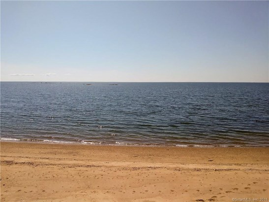 86 Cosey Beach Avenue 4, East Haven, CT - USA (photo 4)