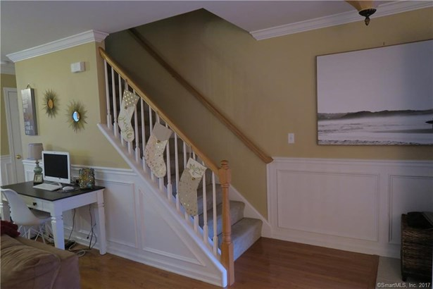 27 Hickory Court 27, Wallingford, CT - USA (photo 4)