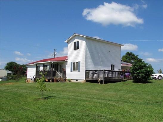 Farm House, Stick/Site Built - Danbury, NC (photo 2)