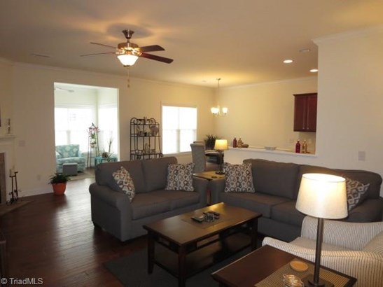 Townhouse - Clemmons, NC (photo 3)