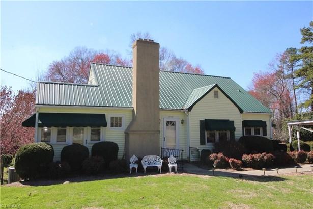 Bungalow, Stick/Site Built - Winston Salem, NC (photo 1)
