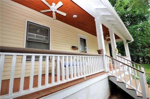 Bungalow, Stick/Site Built - Winston Salem, NC (photo 3)