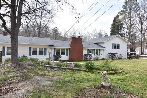 Split Level, Stick/Site Built - Lexington, NC (photo 2)