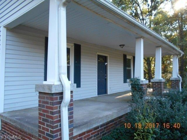 Cottage, Stick/Site Built - Madison, NC (photo 2)