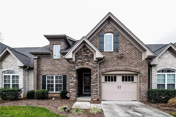 Townhouse, French Provincial - Clemmons, NC (photo 1)