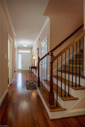 Transitional, Townhouse - Clemmons, NC (photo 3)