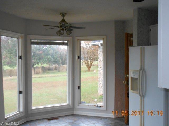 Cottage, Stick/Site Built - Mocksville, NC (photo 5)