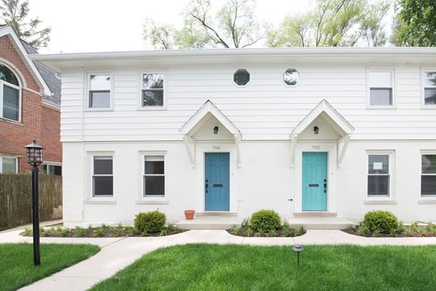 Townhouse-2 Story,Residential Rental - WINNETKA, IL (photo 1)
