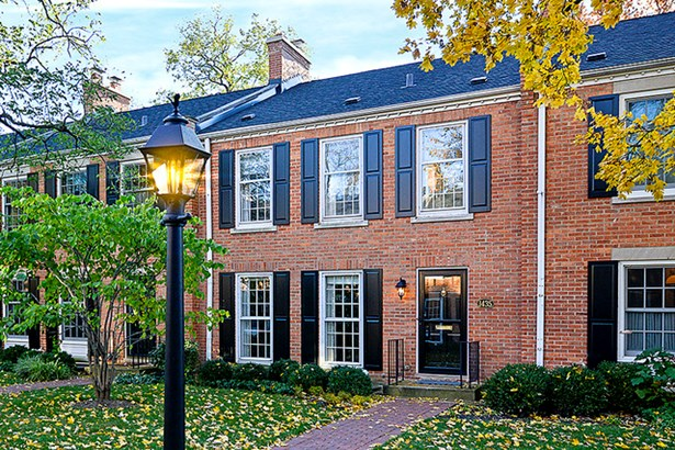 Townhouse-2 Story - WILMETTE, IL (photo 1)