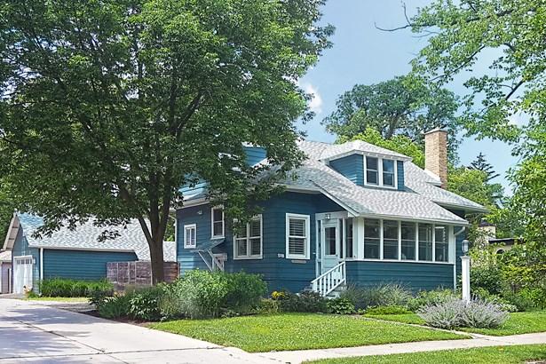 Cottage, 2 Stories - WINNETKA, IL (photo 1)