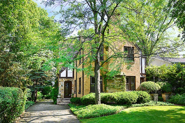 Tudor, 2 Stories - WINNETKA, IL (photo 1)