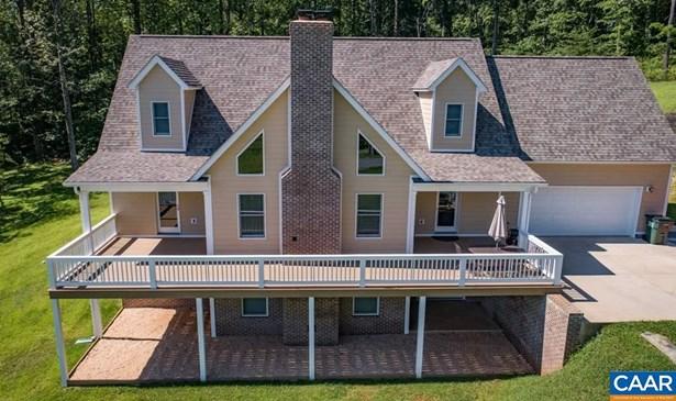 Farm House, Detached - STANARDSVILLE, VA