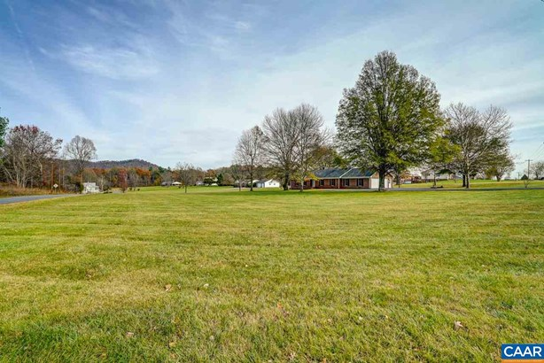 Ranch, Detached - STANARDSVILLE, VA (photo 2)