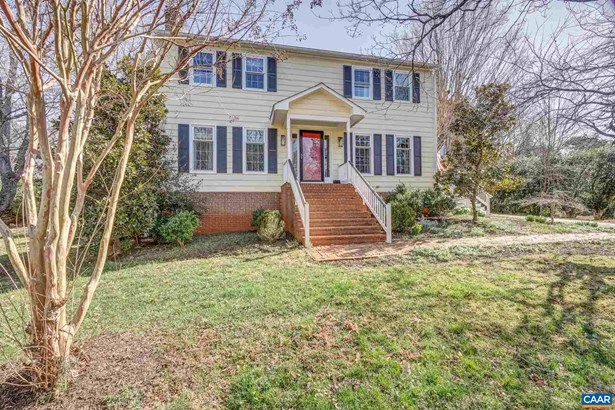 Colonial, Detached - CHARLOTTESVILLE, VA