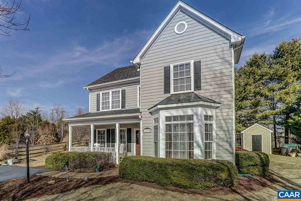 Colonial, Detached - CROZET, VA (photo 2)