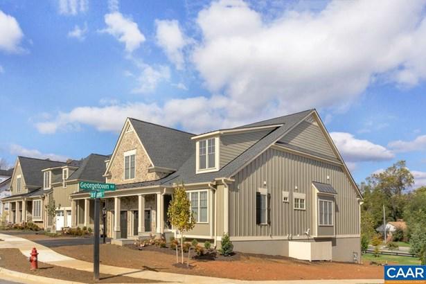 Attached, Colonial - CHARLOTTESVILLE, VA
