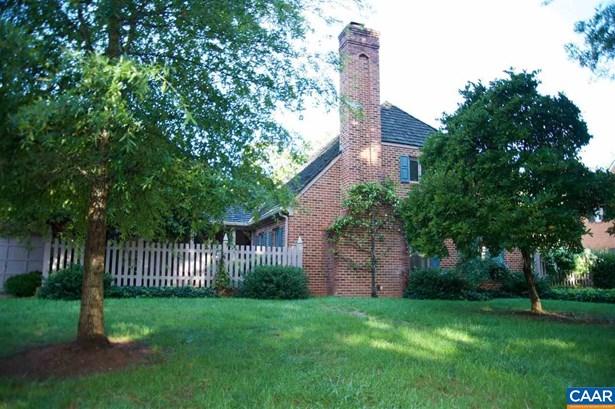 Attached, Colonial - CHARLOTTESVILLE, VA (photo 2)