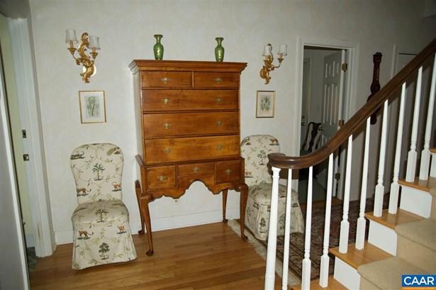 Attached, Colonial - CHARLOTTESVILLE, VA (photo 4)