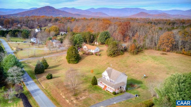 Farm House, Detached - EARLYSVILLE, VA (photo 4)