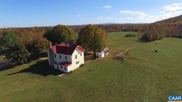 Farm House, Detached - STANARDSVILLE, VA (photo 4)