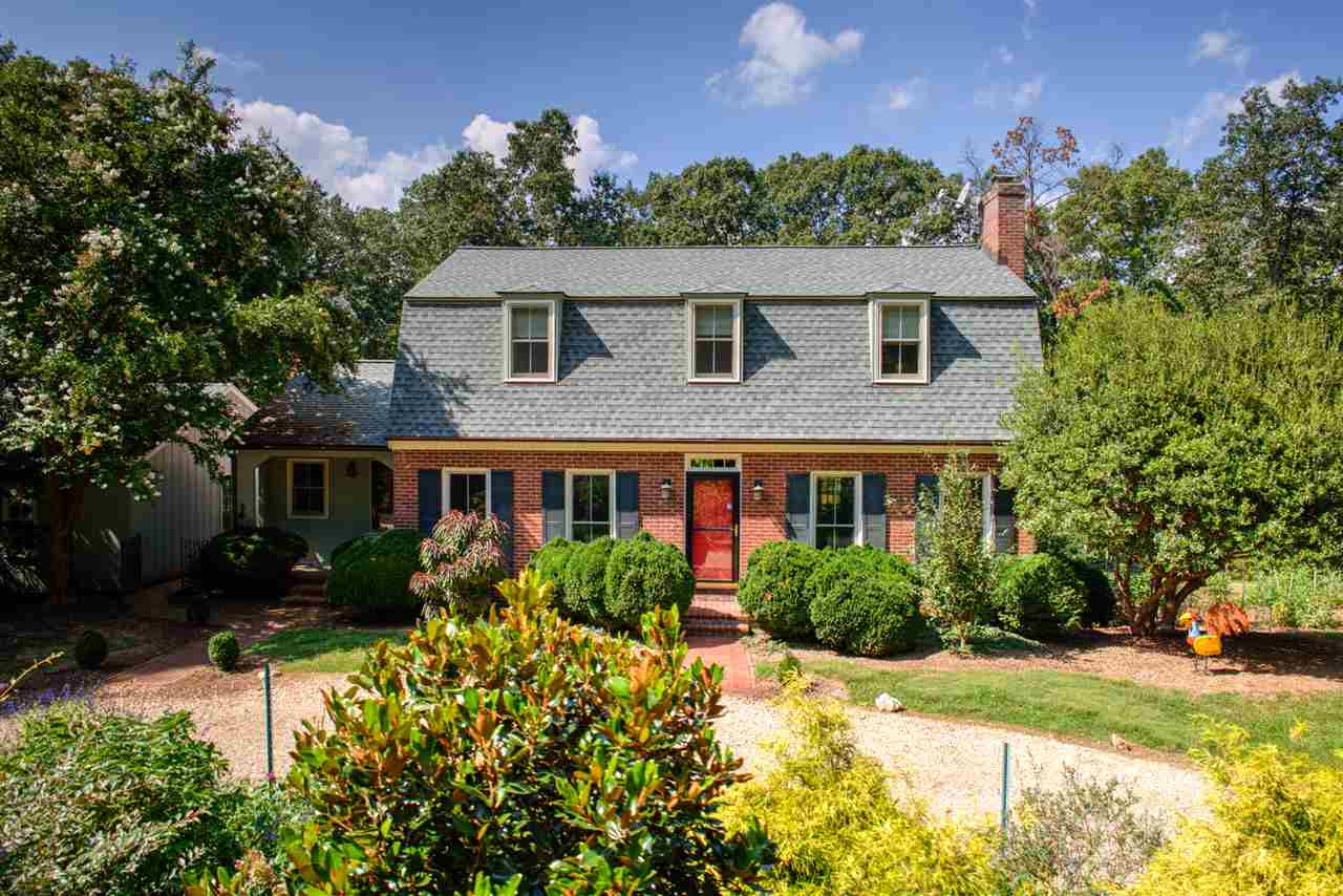 Dutch Colonial, Detached - CHARLOTTESVILLE, VA (photo 1)