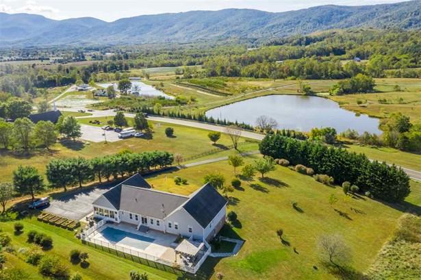 Farm House, Detached - AFTON, VA