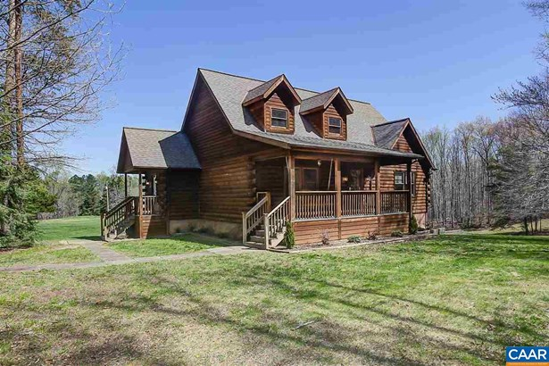 Cabin, Detached - ESMONT, VA (photo 1)