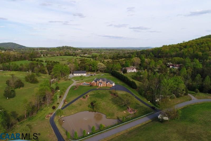 Manor House, Detached - STANARDSVILLE, VA (photo 2)