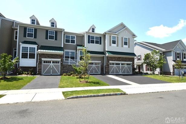 Colonial, Condo/TH - Cranbury, NJ