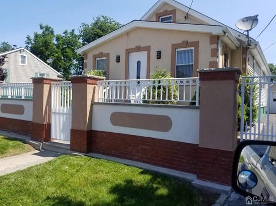 Cape Cod, Single Family Residence - Franklin, NJ