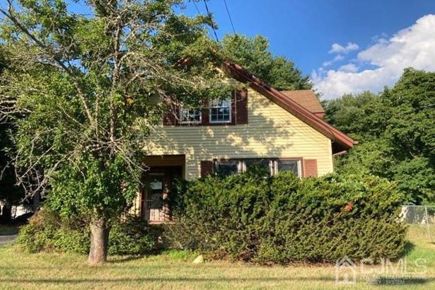 Single Family Residence, Cape Cod, Colonial - Spotswood, NJ