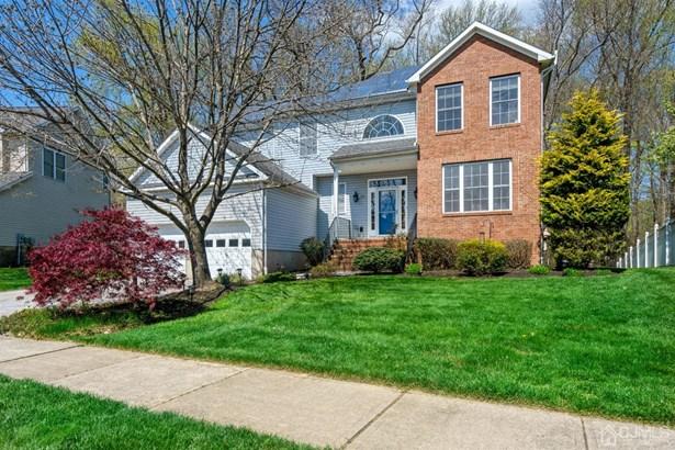 Single Family Residence, Colonial - South Brunswick, NJ