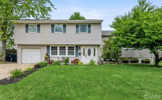 Single Family Residence - North Brunswick, NJ