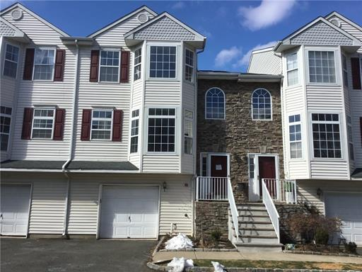 Condo/Townhouse, Traditional - 2013 - Rahway, NJ (photo 1)