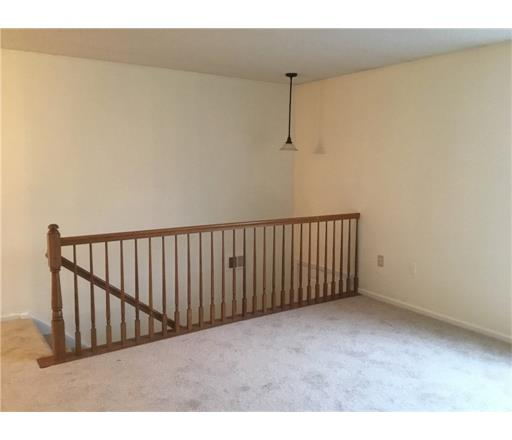 Condo/Townhouse - 1806 - Bridgewater, NJ (photo 4)