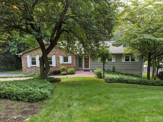 Ranch, Remarks, Single Family Residence - Morris Plains, NJ