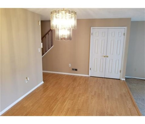 Condo/Townhouse, Contemporary - 1214 - North Brunswick, NJ (photo 2)