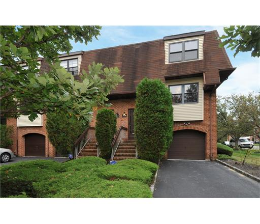Condo/Townhouse, Contemporary - 1214 - North Brunswick, NJ (photo 1)