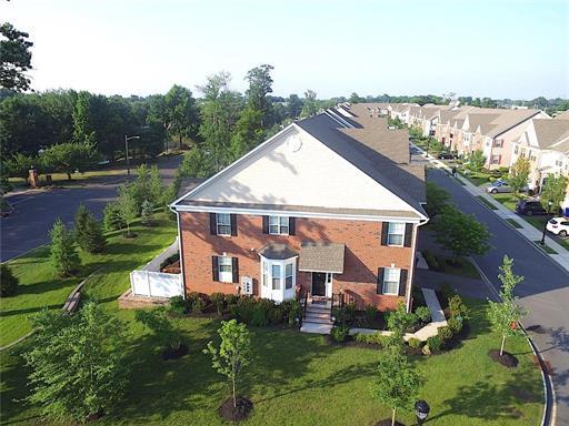 Condo/Townhouse, Colonial - 1214 - North Brunswick, NJ (photo 3)