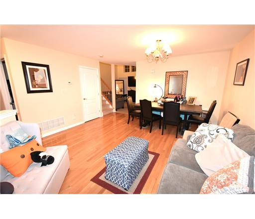 Condo/Townhouse, Colonial - 1214 - North Brunswick, NJ (photo 5)