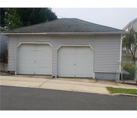 Multi-Family (2-4 Units) - 1214 - North Brunswick, NJ (photo 2)
