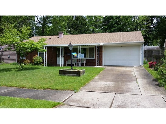 3533 Krieger Ln, Youngstown, OH - USA (photo 2)