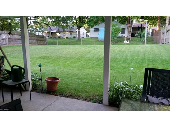 3533 Krieger Ln, Youngstown, OH - USA (photo 5)