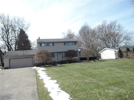 3540 Breeze Knoll Dr, Youngstown, OH - USA (photo 1)