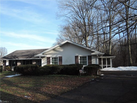569 Northlawn Dr, Youngstown, OH - USA (photo 2)