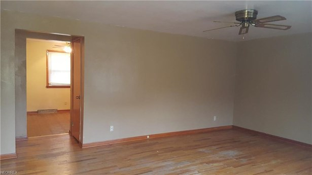 4331 Wedgewood Dr, Youngstown, OH - USA (photo 3)