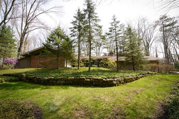 47 Redfern Dr, Youngstown, OH - USA (photo 1)