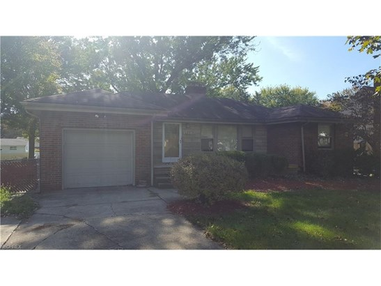 465 Brookfield Ave, Youngstown, OH - USA (photo 1)