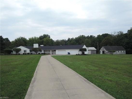215 Warner Rd, Hubbard, OH - USA (photo 5)