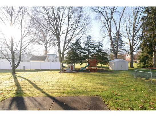 1273 Valley View Dr, Youngstown, OH - USA (photo 4)